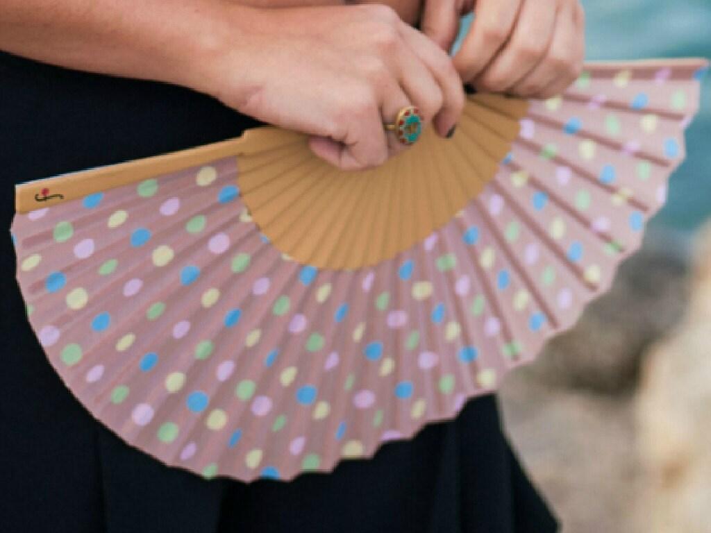 hand held fan 50s style polka dot print pastel colors. Black Bedroom Furniture Sets. Home Design Ideas