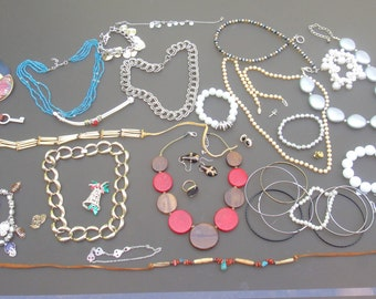Vintage Costume Jewelry Lot collection ALL WEARABLE Junk Crafting Upcycling lot chain Destash sellable dealer lots A5
