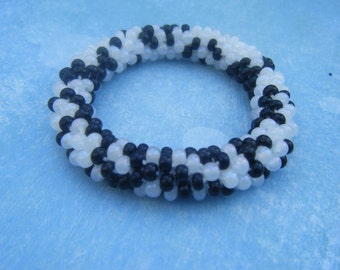 Spotted Crocheted Bracelet Black and White