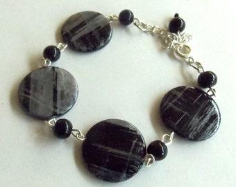 Black Circle Bracelet