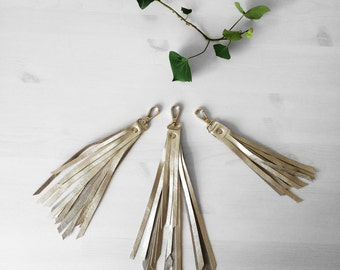 Big golden fringe keychain, perfect for bag or a your purse accessories