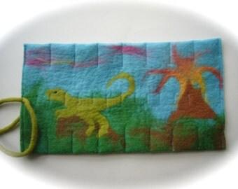 Crayon Wrap Roll  Felted   Waldorf   School  Beeswax .