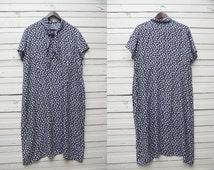 1980s Vintage White Dark Blue Short Sleeve Loose Silhouette Dress / Large Size L XL / Summer Women Gown / Maternity Pregnancy Dress
