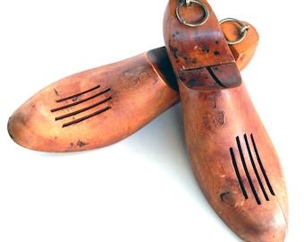 Antique Vintage Wooden Shoe Stretchers, Wood Shoe Stretchers, Wooden Shoe Stretchers, Size 8 1/2