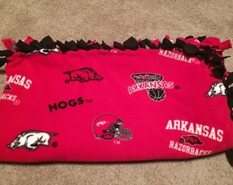 University of Arkansas Razorbacks Fleece Tie Blanket -  NCAA College No Sew - Minky / Quilt / Throw / Toss / Bedding, Twin - Full
