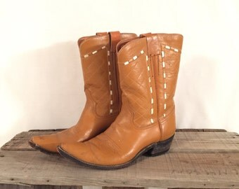 Women's Vintage Short Shorty Tan Brown Pointy Toe Cowboy Boots Made in Mexico Size 5.5 6 6.5 Accessory Fashion Awesome Country