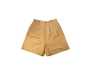 Small Beige High Waist Linen Shorts // B18
