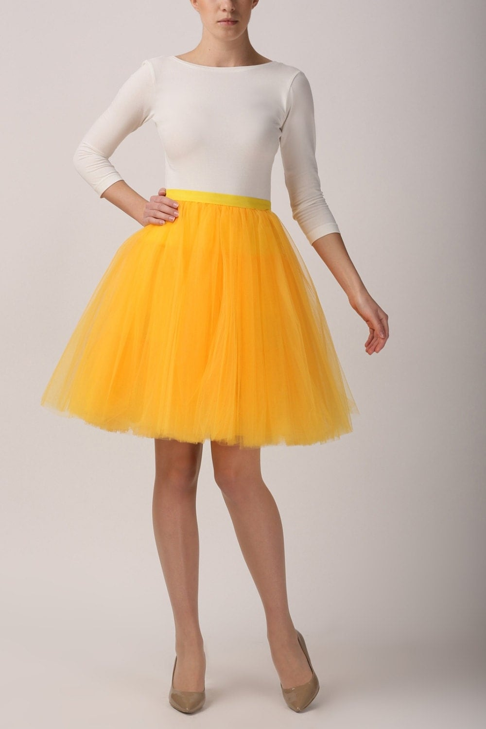 fancy yellow tulle skirt outfit 9