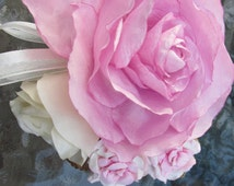 Beautiful Light Pink Roses Wrist Corsage, Wedding, Maid of Honor, Prom, Special Occasion
