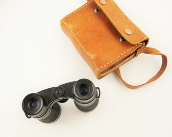 A Pair of Small 'Airguide' 60A, 4x32 Binoculars in Caramel Leather Case With 'A' Imprinted in the Leather - Field Glasses - Working