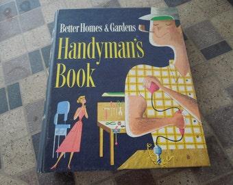 Vintage Handymans Book, 1957 Better Homes and Garden.  Loose Leaf Folder.  Nice Condition