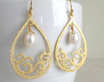 Pearl Teardrop Jewelry Earrings, Ocean Wave Earrings, Beach Jewelry, Wedding Bridesmaid Jewelry, Gift for Her