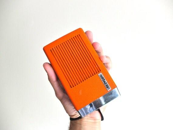 Poste radio portable transistor optalix orange ann es 70 for Bascule transistor