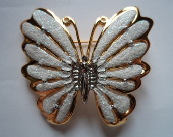 Vintage Goldtone/White Sparkling Butterfly Brooch/Pin