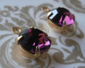 Vintage Amethyst 39ss Round Swarovski Crystals ~ 4 Pieces ~ 1 Ring Prong Setting ~ Gold Tone Brass Setting ~ Foil Back ~ Size 8mm ~ Austrian