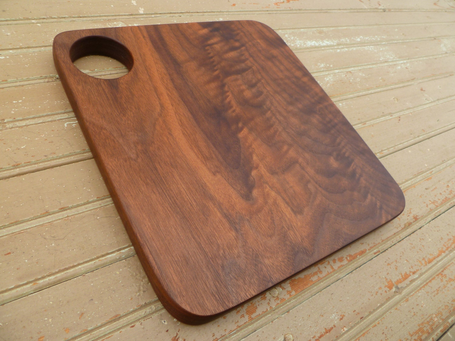 handmade walnut wood cutting board cheese serving by bromptonwoods. Black Bedroom Furniture Sets. Home Design Ideas