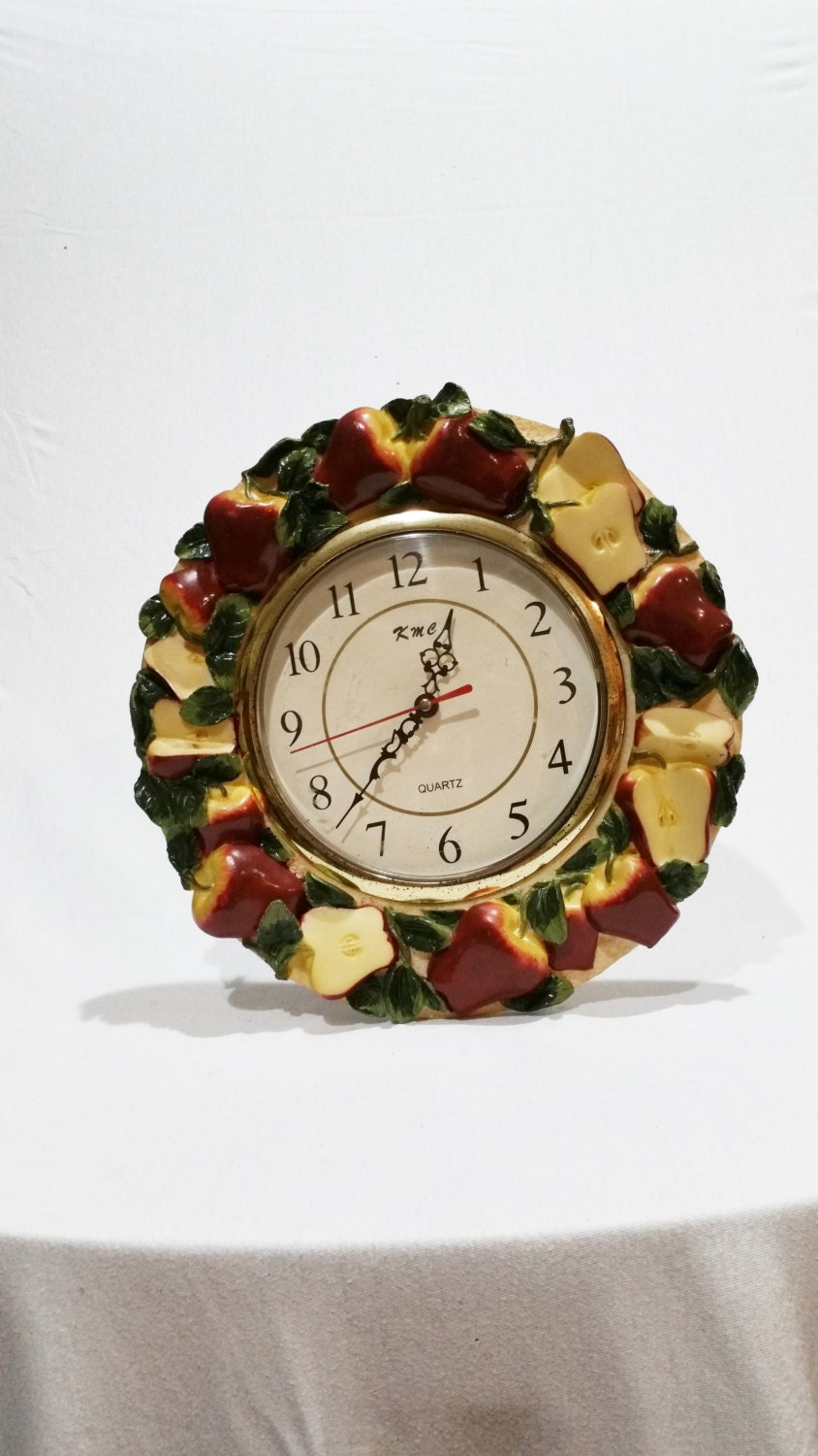Apple Kitchen Wall Hanging Clock Vintage It460 By Deannasattic