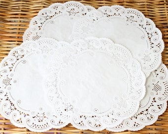 25 Large White French Lace Paper Doilies 8 Inches- Wedding Decor, Bridal Shower, Baby Shower, Scrapbooking, Large Doilies, DIY Bride