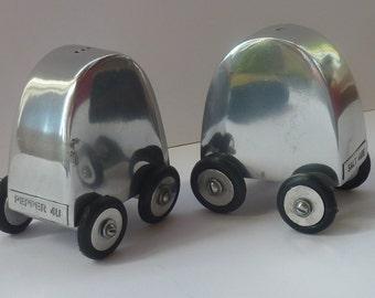 VERY RARE Vintage Salt 4me & Pepper 4u Mid Century CRUET Set. Wee aluminium cars on wheels; 1960s