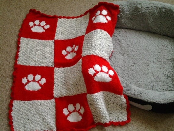 Knitting Pattern For Cat Blankets : Hand Knitted Paw Print Pet Blanket Cat Blankets Dog