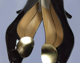 Vintage Shoe Clips - Curved Metal Shoe Clips Gold Tone