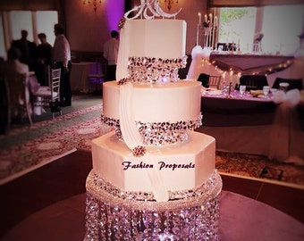 Wedding Crystal Cake Stand. Separators, This stunning stand will give the wow look to your wedding crystal theme