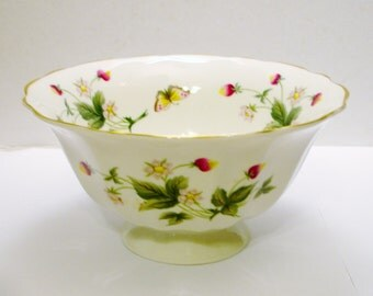 St. Michael Ashbourne Footed Bowl-English Fine China, Made in The U.K. 2605