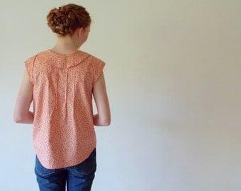 Gardening Blouse- Peach floral peter pan collar button down