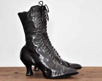 Antique 1800's Victorian Black Leather Boots • Size 6