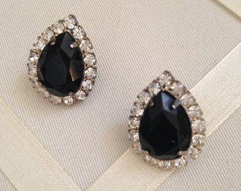 Vintage Crystal Onyx Rhinestone Fashion Pear Shaped Earrings