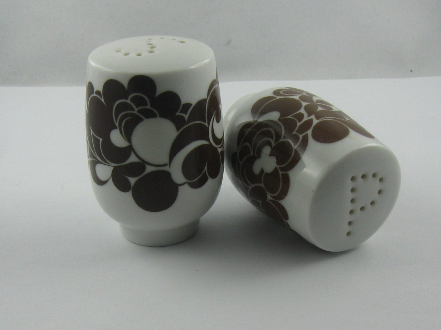 Salt And Pepper Shakers Made Of Porcelain Rosenthal Germany