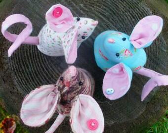 Mouse pin cushion, mice pincushion, sewing accessories, pin cushion