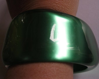 funky plastic bangle green