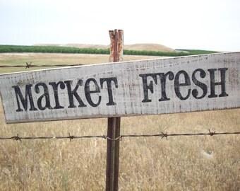 Farmhouse Sign / Market Fresh / Country Kitchen Sign / Rustic Kitchen Sign / Distressed Wood / Kitchen Wall Decor / Market Sign / Farmhouse