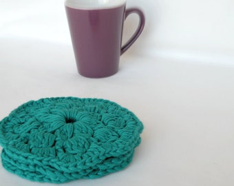 Crochet doily coasters, handmade coasters in emerald green. Turquoise crocheted cotton coasters. Set of 3.