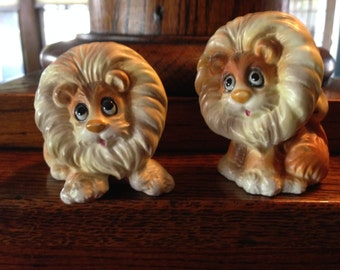 Vintage Whimsical Lion Big Cat Figure Salt and Pepper Shakers