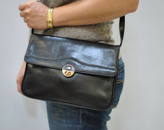 Vintage BROWN BUFFEL messenger leather bag...(082)