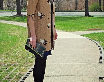 FREE SHIPPING / Vintage tan coat