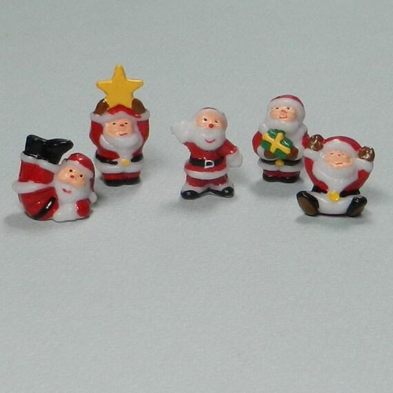 5 miniature santas for dollhouse decor by dinkydoodads