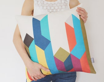 Geometric Decorative Pillow Cover Blue, Red, Yellow, Olive, Brown / Scandinavian Pillow / Modern Cushion / Colorful Pillow / 45 x 45 cm