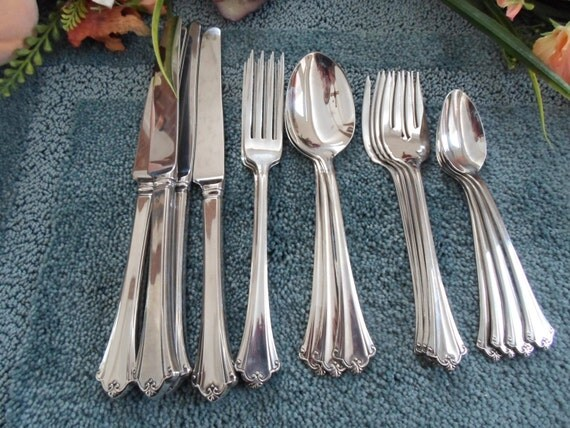 Anticipation Oneida Vintage 18 8 Usa Deluxe Stainless Flatware