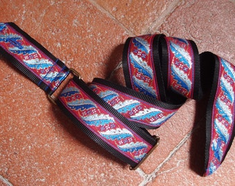 Guitar Strap - Handmade with vintage fabric (70s)