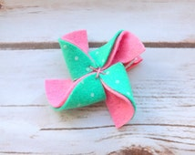 mint green and pink pinwheel flower hair clips.felt flower girls hair clips, hair accessories felt bow,summer hair, flower gilr UK seller