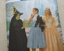 Wizard of Oz Characters Incl. Dorothy, Glenda the Good Witch Sizes 6 to10 Complete Simplicity Sewing Pattern 7808  Halloween Costumes