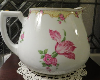 Lovely Bavarian Pitcher Made by Zeh, Scherzer and Co.   //  Tulips and Tea Roses  //  Made between 1880 and 1918