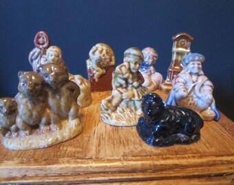 Red Rose Tea vintage Figurines/Red Rose tea collectible miniature figurines /Red Rose tea /Wade Whimsies figurines/England tea figurine gift