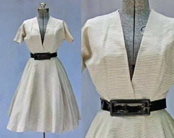 1950s - Anne Fogarty Designer - Plunging neckline - New Look Dress - Silk
