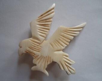 Vintage Carved Horn Eagle Brooch/Pin