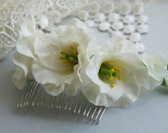 Lisianthus flower comb, Bridal flower headpiece, Bridal flower comb, Bridal hair flower, Wedding flower comb, Bridal hair accessories