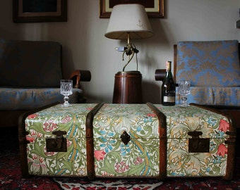 Exclusive William Morris Wallpaper Vintage Steamer Trunk Coffee Table Toy Chest Storage Bench Upcycled